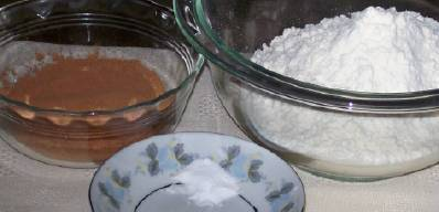 Some ingredients for marshmallow cookies