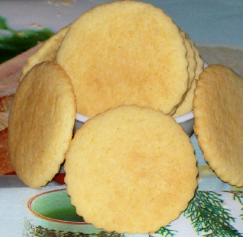 Polvorones de Naranja or homemade Mexican orange cookies